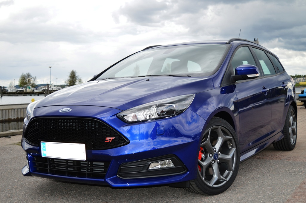 1200_dsc_0220jpg - Ford Focus St 2015 Blue